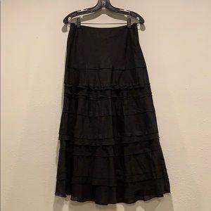 beautiful WHBM ruffled maxi skirt, Sz2